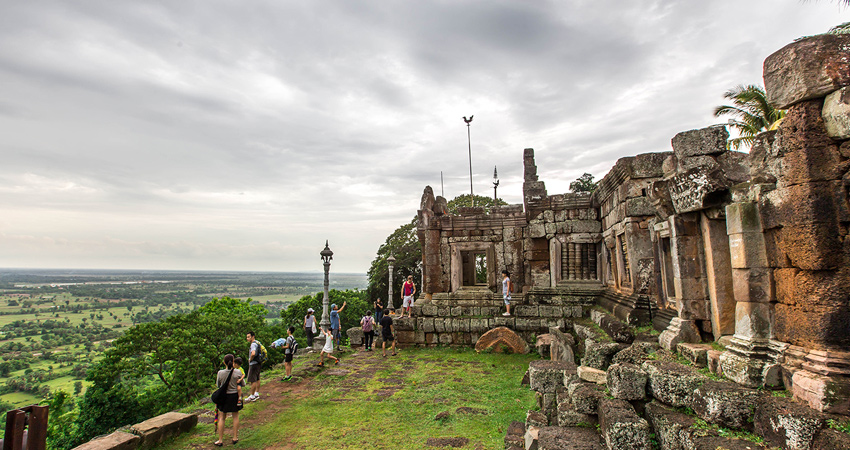 Takeo & Bokor tour 4Days