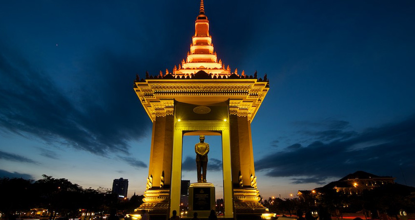Phnom Penh Airport Taxi (Airport - Hotel - Airport)