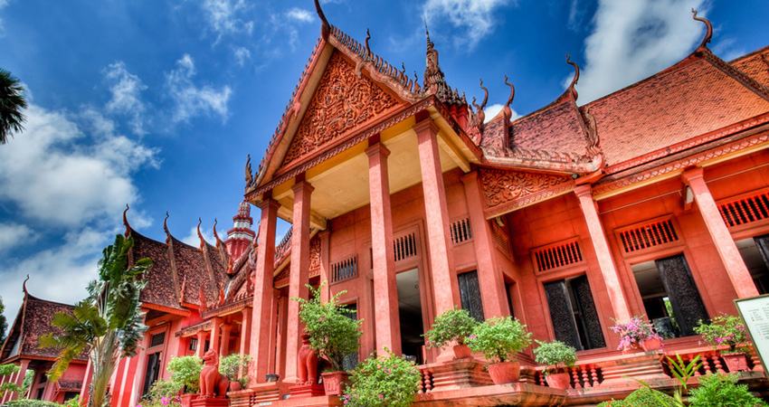 Sihanoukville to Phnom Penh by Car or Mini Van (Private Transfer)