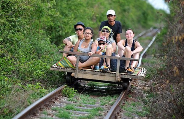 2 Days-Taste of Battambang and Bamboo train from Siem Reap or Phnom Penh